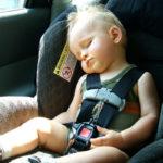 Od kiedy dziecko może jeździć z przodu?